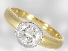 Ring: sehr wertvoller moderner Solitär/Brillantring, ca. 0,9ct, 18K Gold, River/VVS