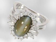 Ring: unikater und äußerst kostbarer Diamantring mit Chrysoberyll-Katzenauge, insgesamt ca. 7,
