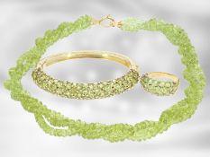 Kette/Collier/Armreif/Ring: sehr dekoratives vintage Peridot-Schmuckset, 18K und 14K Gold