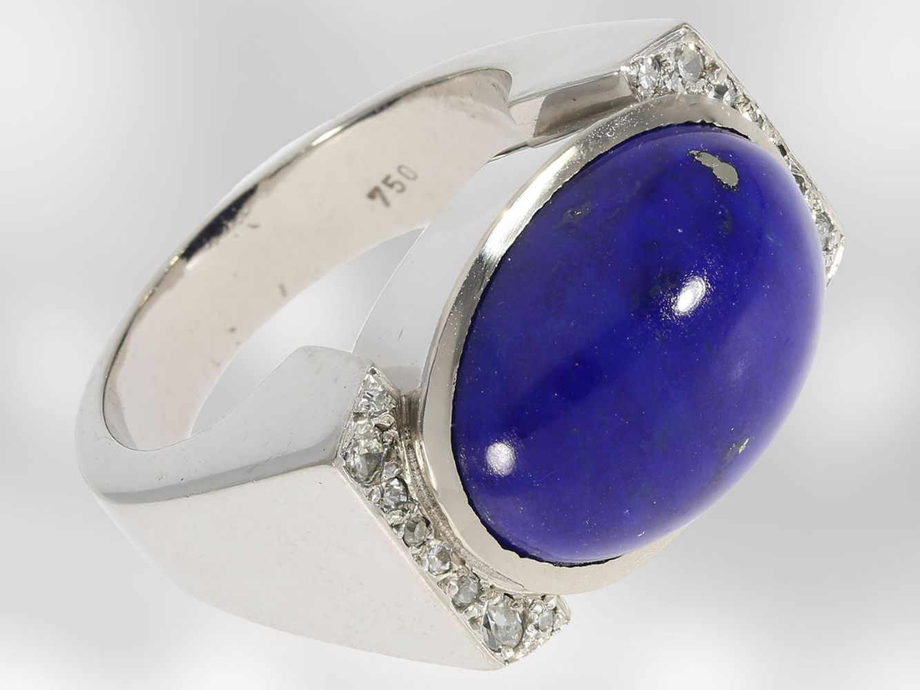 Fine Jewellery - Antique to Modern