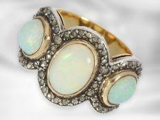 Ring: sehr schöner antiker Opalring mit Diamantrosen, 14K Gelbgold und Silber