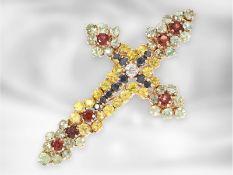 Anhänger: prunkvoller und hochwertig gearbeiteter Kreuz-Goldschmiedeanhänger mit Brillantbesatz