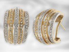 Ohrschmuck: attraktive und wertvolle Bicolor-Diamantohrclips im Vintage-Look, insgesamt ca. 0,8ct,
