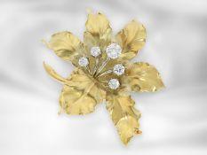 Brosche/Nadel: hochwertige vintage Goldschmiedearbeit, florale Brosche mit Brillanten, insgesamt