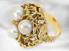 Ring: schwerer dekorativer vintage Goldschmiedering mit Zuchtperlen, 18K Gelbgold,