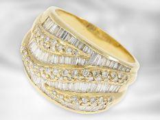 Ring: gelbgoldener vintage Ring mit Diamanten, insgesamt ca. 2ct, 18K Gold Ca. Ø19,5mm, RG61, Ring: