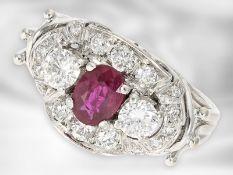 Ring: hochwertiger, weißgoldener vintage Rubin/Brillant-Goldschmiedering, ca. 1,1ct Brillanten Ca.