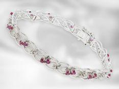 Armband: aufwändig gefertigtes und dekoratives vintage Rubin/Diamant-Goldschmiedearmband, ca. 2,