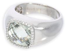 Ring: attraktiver Weißgoldring mit Prasiolith und Brillanten, 14K Weißgold