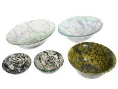 Schalen: interessantes Konvolut schöner Steinschalen u.a. aus Flourit und Moosachat