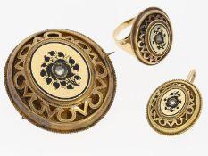 Schmuckset: antikes Schmuckset, bestehend aus Brosche, Ring und Anhänger, vermutlich aus der Zei