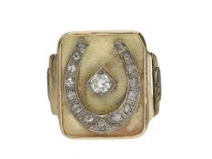 Ring: ungewöhnlich großer und breiter, unikater Goldschmiede-Siegelring mit Diamantbesatz, 14K