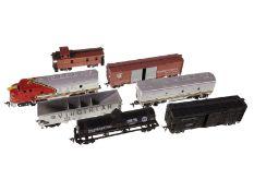 """Eisenbahn: Modelleisenbahn, sehr schöne Originale aus den USA, Diesellok """"Santa Fe"""" mit 5 Anhän"""