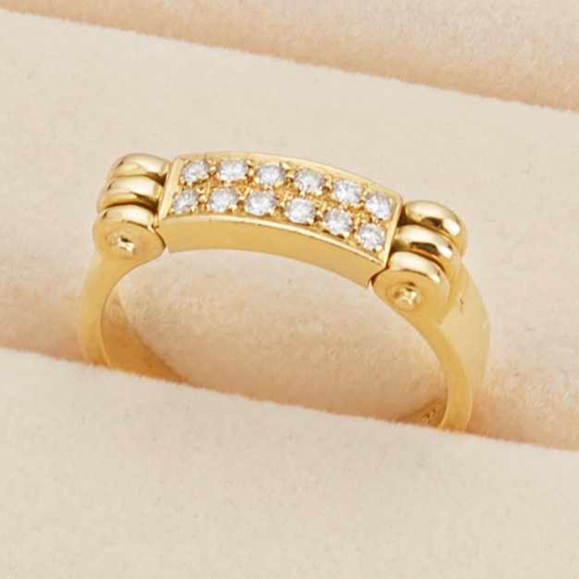 Ring mit Diamantpavé