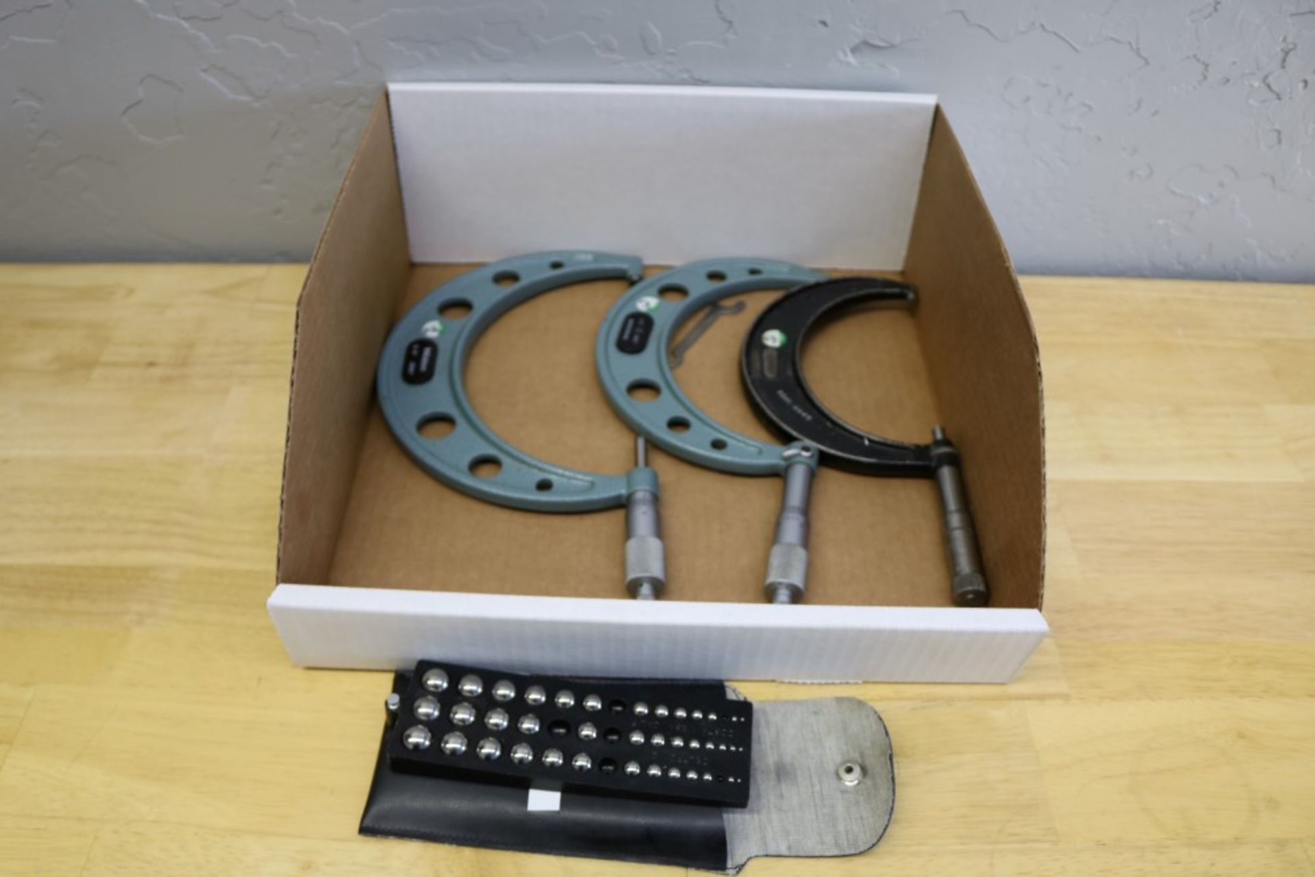 """Lot 8 - Starrett 3-4"""" OD Micrometer, Mitutoyo 4-5"""", 5-6"""" OD Micrometer and Ball Gages"""