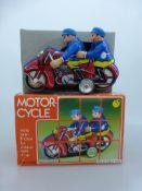"Blechspielzeug, Motorrad ""MF 162"", Blech, Gummiköpfe, Frikitionsantrieb, unbespielt, im"