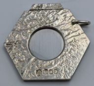 An Aspreys silver cigar cutter, hallmarked London