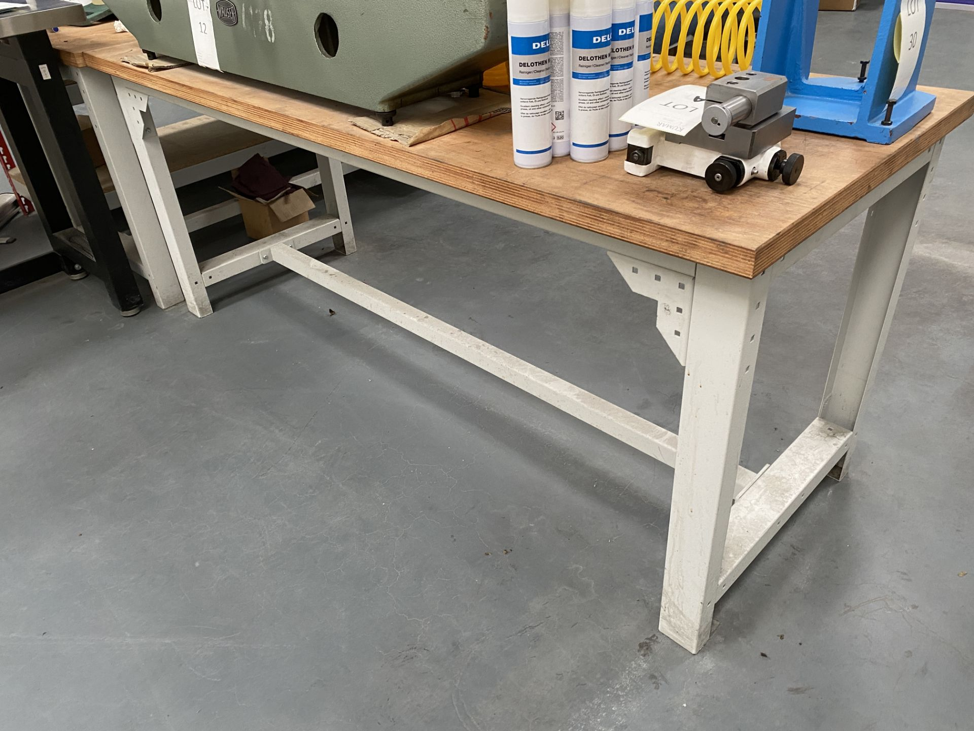 Workbench Size 2m X 0.76m X 0.84m (Does Not Include Contents) - Image 3 of 4