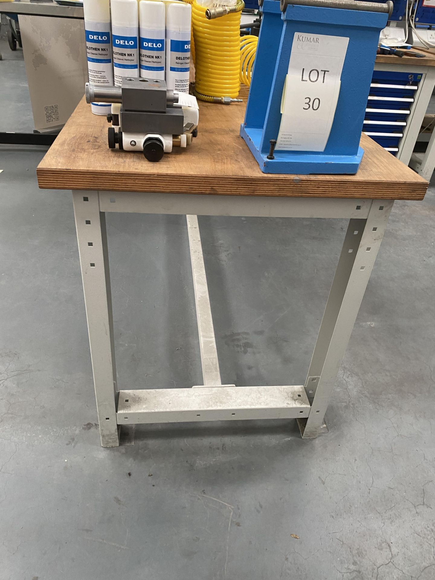 Workbench Size 2m X 0.76m X 0.84m (Does Not Include Contents) - Image 4 of 4