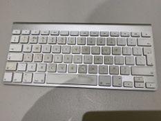 Apple Bluetooth Wireless Keyboard Silver/White