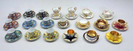 Sammlung von Zwanzig Espresso-TassenPorzellan, am Boden mit verschiedenen Marke versehen, wie z.B.