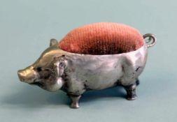 Originelles NadelkissenSilber 800. Kleines Schweinchen als Nadelkissen. Sehr schön detailgetreu