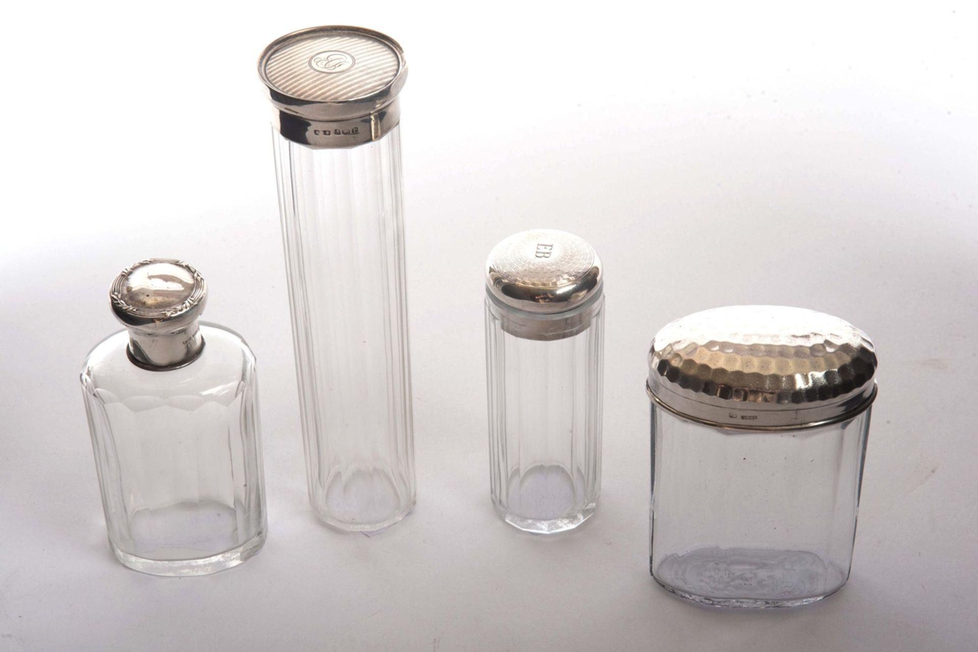 4 Flakons mit Silbertop