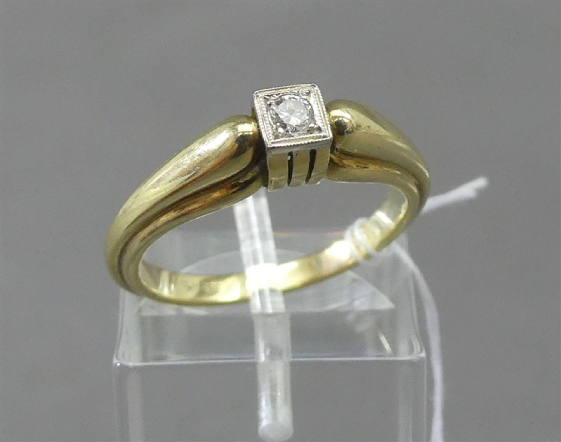 Damenring 14 kt. Gelbgold, 1 Brillant, ca 0,07 ct., weiß, si, ca 4g, RM 56,