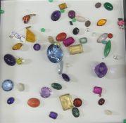 Konvolut Edelsteine ca 55 tlg., Amethyst, Citrin, Turmalin, etc., verschiedene Schliffe und Formen,