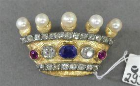 Brosche 14 kt. Gelbgold, in Form einer Krone, 1 Saphir und 2 Rubine, 2 Altschliffdiamanten zusammen