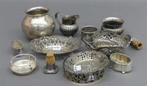 Konvolut Silber teilweise punziert, 19./20. Jh., 15-tlg., Vasen, Durchbruchschälchen,