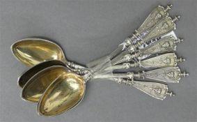 6 Kaffeelöffel Silber, Reliefdekor, teilvergoldet, um 1920, 61g,