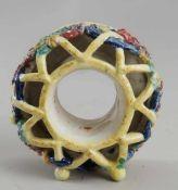 Jugendstil Uhrengehäuse, weisser Scherben, bunt bemalt, Durchmesser 14 cm, T 7,5cm