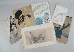 Sechs japanische Holzschnitte, verschiedene Darstellungen mit Bezeichnung, 25x17cm bis