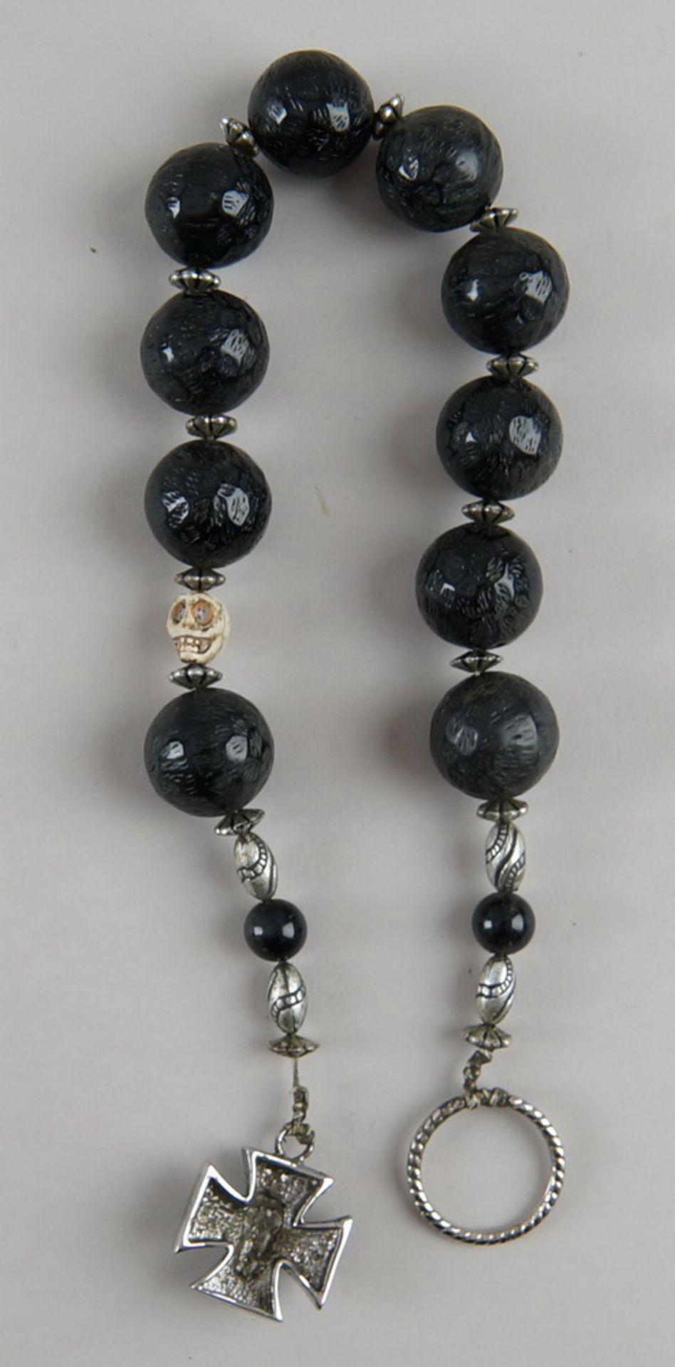 Faulenzer / Zehner Gebetskette mit Silberring und in Bein geschnitztem Totenkopf, kleinesKreuz mit - Bild 4 aus 4
