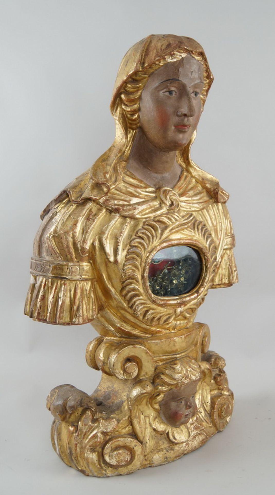 Prunkvolle Reliquienskulptur, Büste auf prächtigem Sockel, Holz geschnitzt, gefasst und - Bild 6 aus 9
