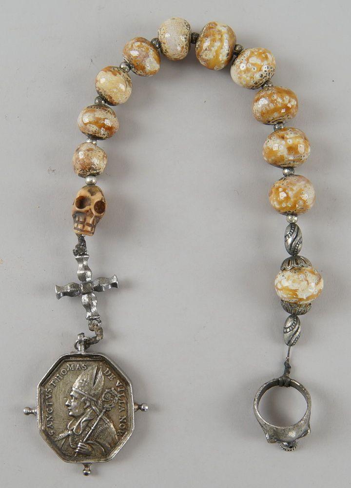 Faulenzer / Zehner Gebetskette mit Silberring und Medaille, Kreuz und Totenkopf, L 40cm