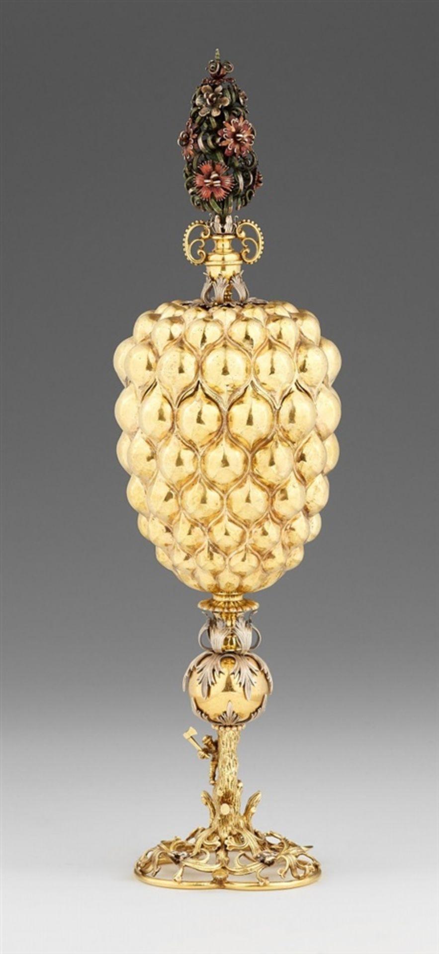 Los 703 - An important Renaissance polychromed silver gobletSilber; vergoldet. Silver-gilt cup on a pierced