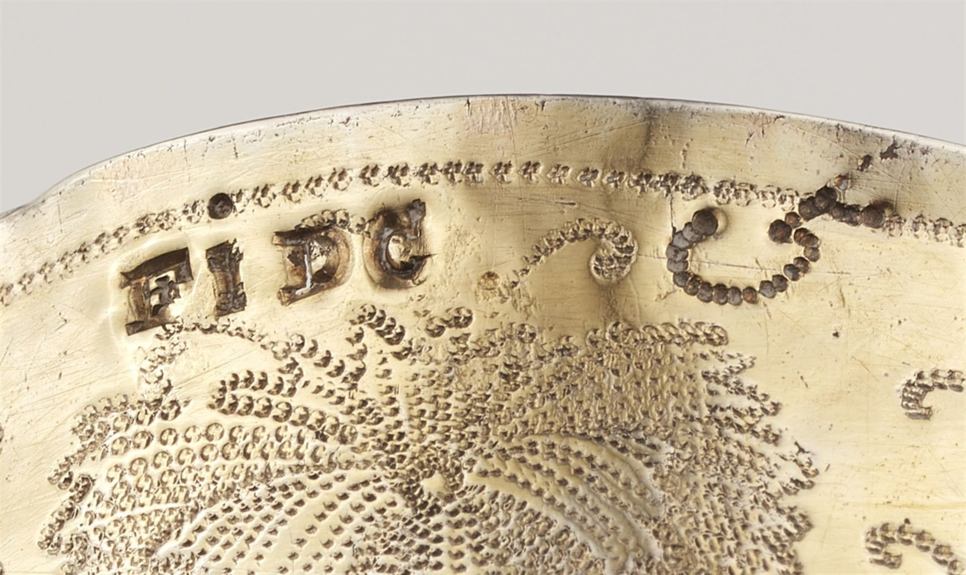Los 718 - A Nuremberg silver gobletSilver; gold-plated. A silver-gilt goblet, scalloped base with gadrooned