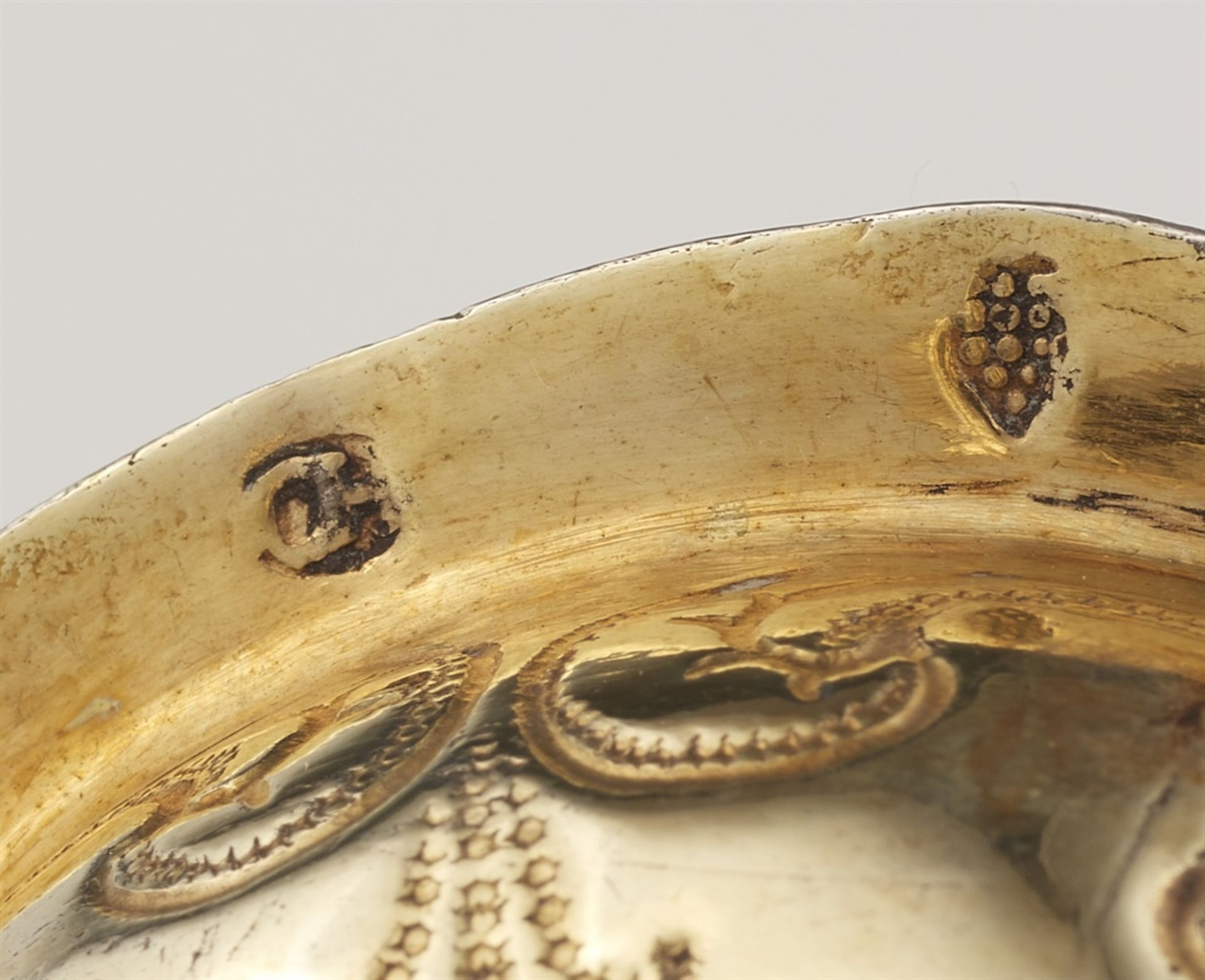 Los 716 - An Augsburg silver shell chaliceSilver; gold-plated. Silver-gilt chalice with a domed quatrefoil