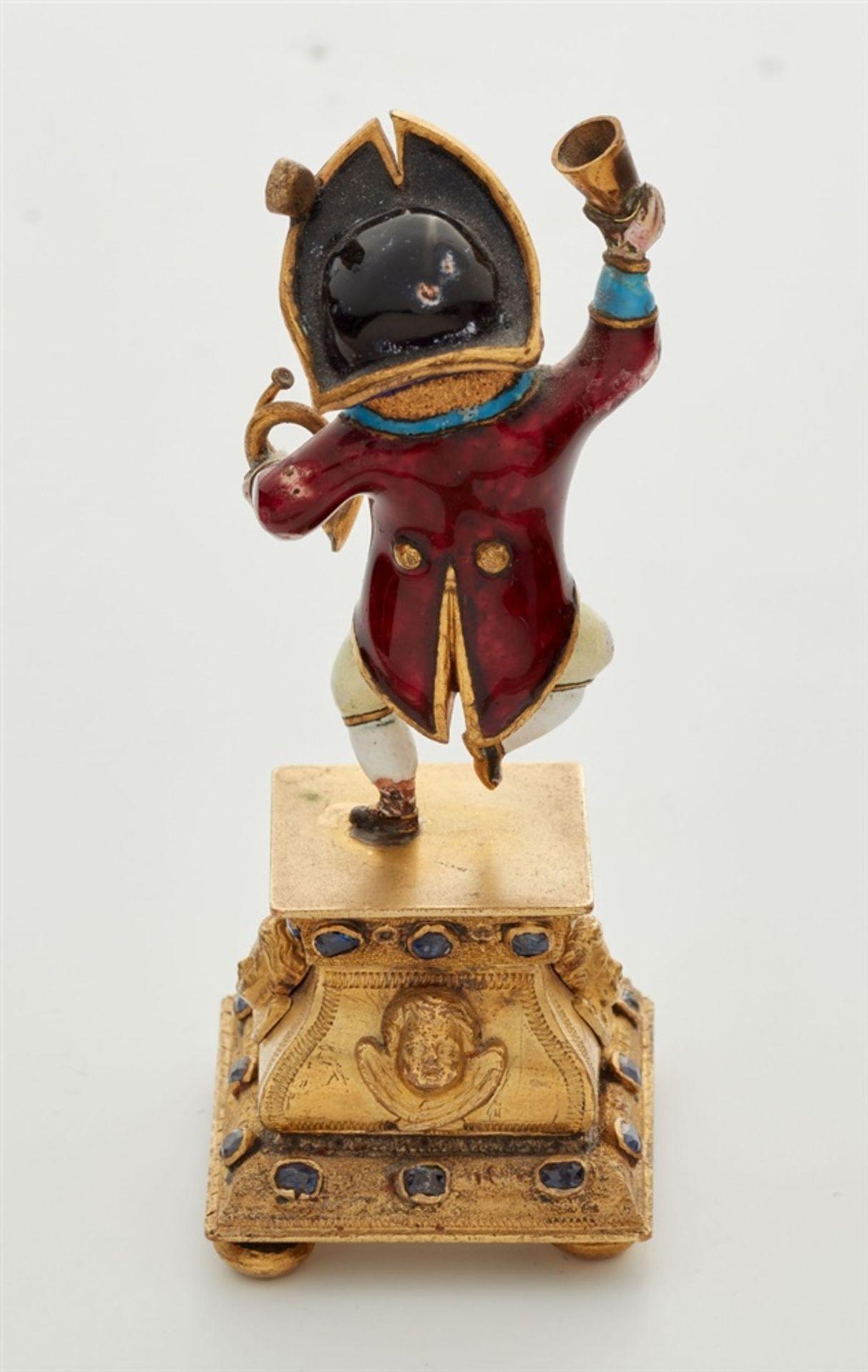 Miniaturstatuette eines zechenden Zwergs - Bild 2 aus 5