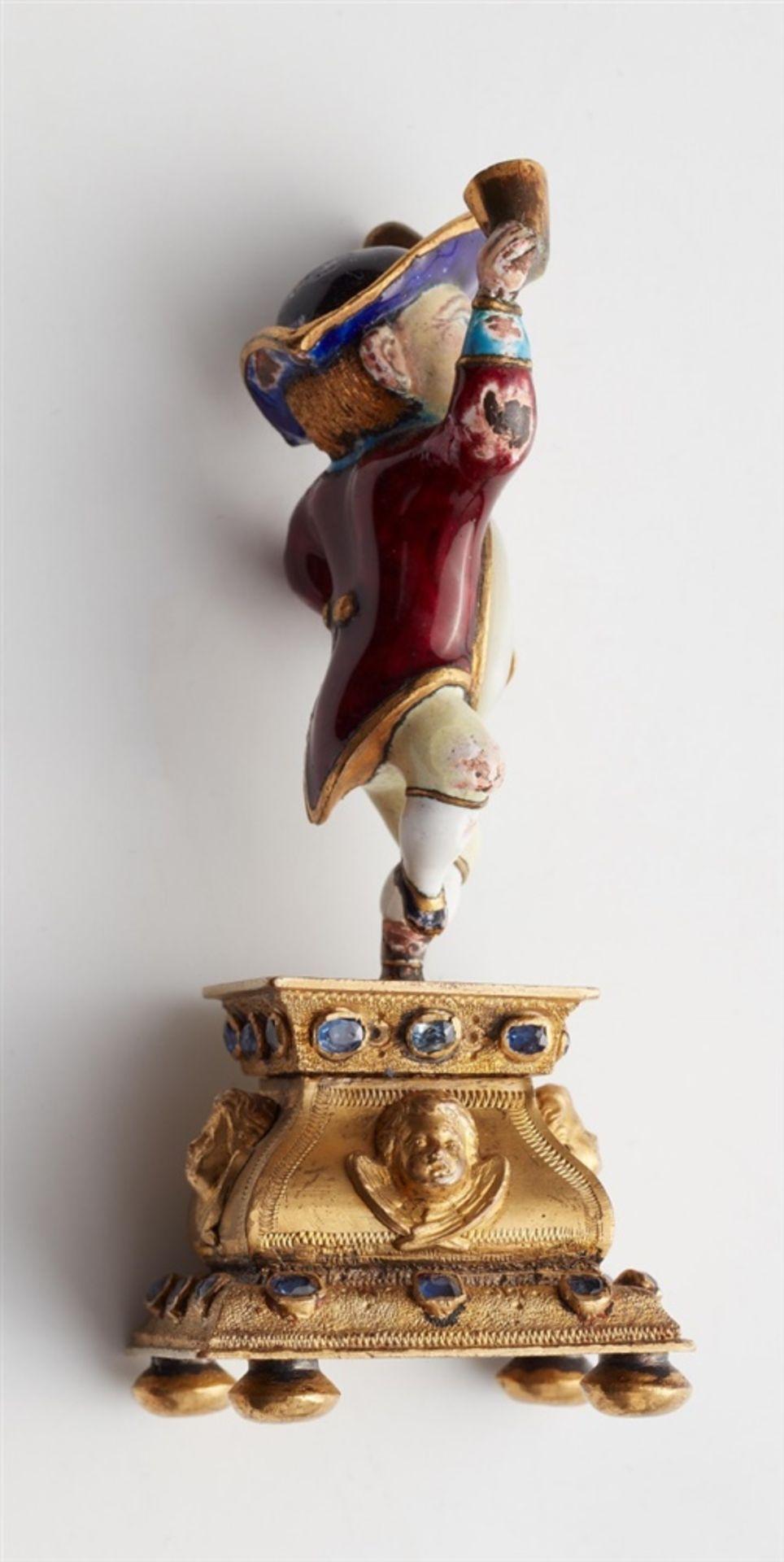 Miniaturstatuette eines zechenden Zwergs - Bild 4 aus 5