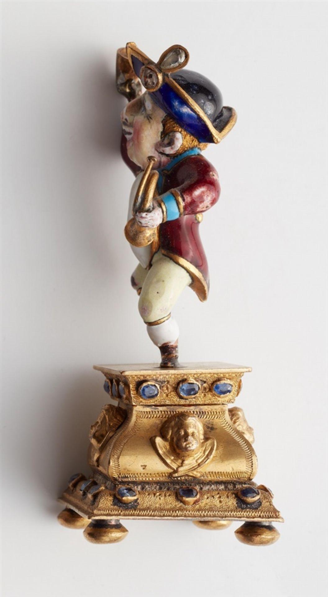 Miniaturstatuette eines zechenden Zwergs - Bild 3 aus 5