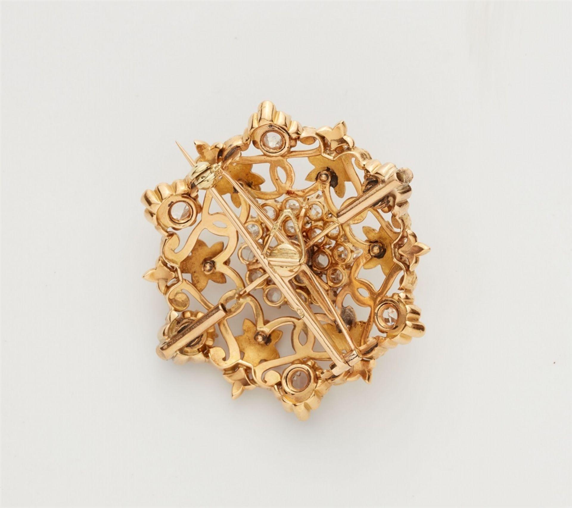 Rosettenbrosche mit Diamanten - Bild 2 aus 2