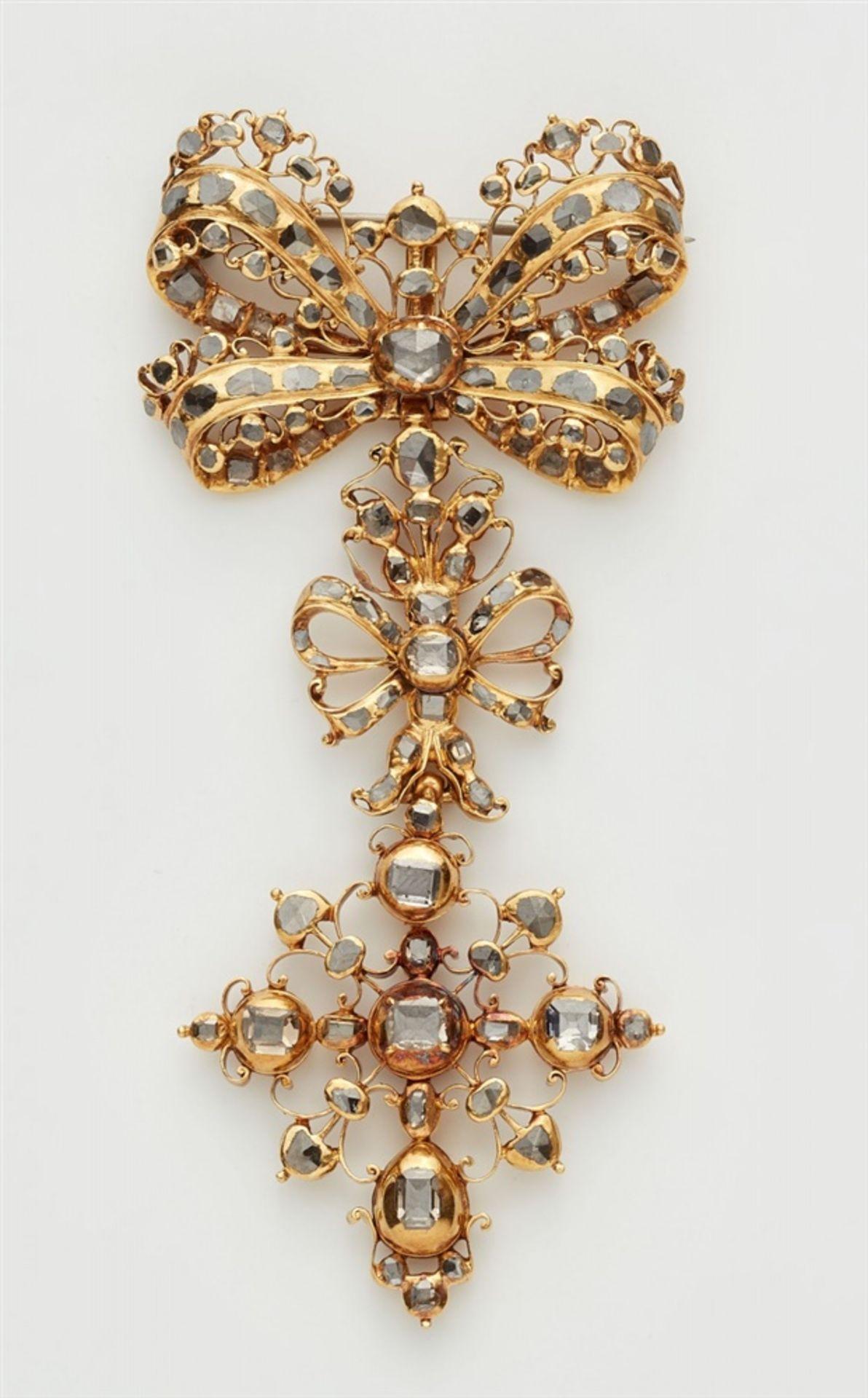 Anhängerbrosche mit Tafeldiamanten