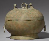 Großer Deckeltopf. Bronze. Vietnam. Dong Son-Kultur, ca. 1000 v. Chr.-ca. 100 n. Chr., wohl 2.