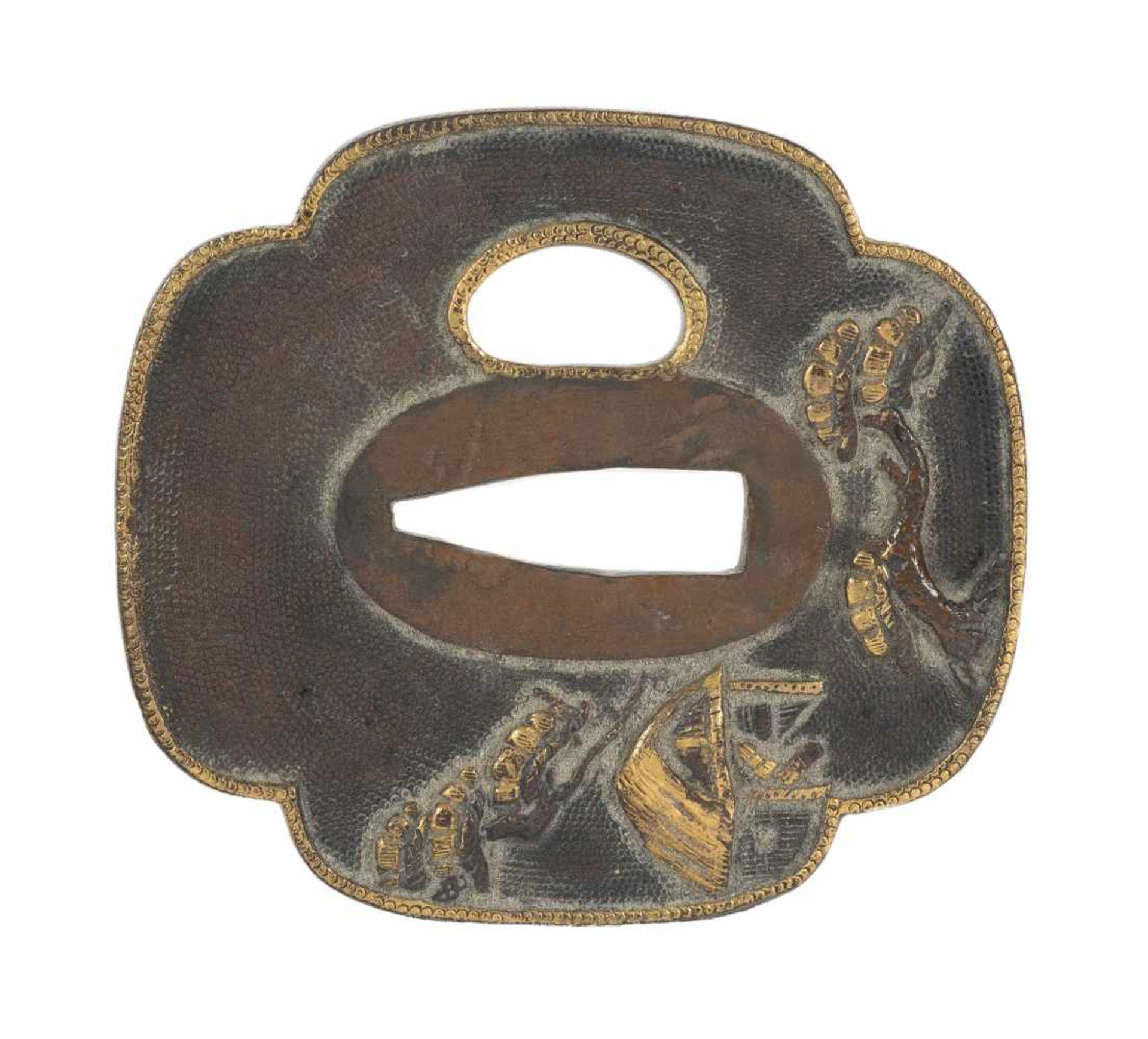 Los 35 - A shibuichi shakudo mokko tsuba (sword guard). Japan. Edo period. 18th-19th Centuries. 6,5 x 6
