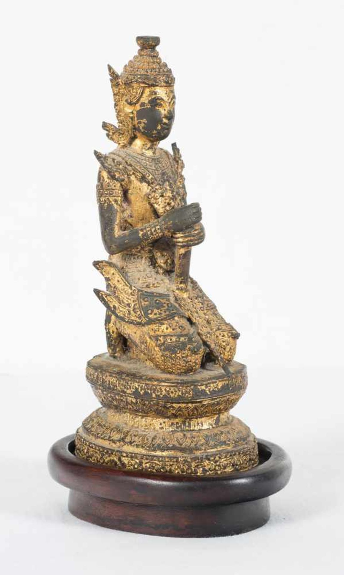 Los 45 - A gilt bronze figure of Buddha. Thailand. Bangkok Period. 19th Century. Portrayed as a prince w