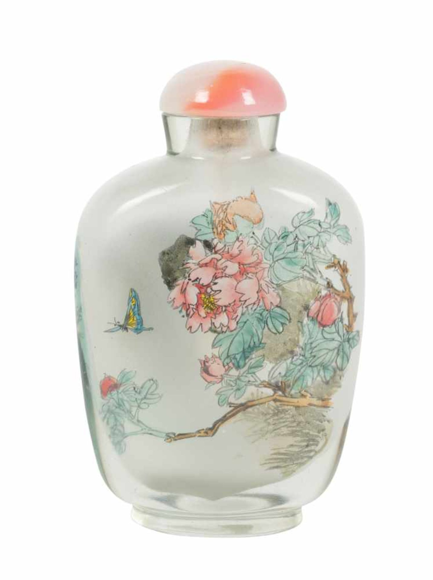 Los 28 - An inside painted glass snuff bottle with a rose quartz stopper. China. Qing dynasty. Early 20th