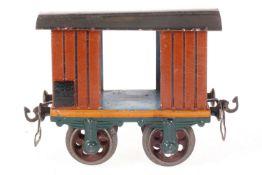 Märklin gedeckter Güterwagen 1803, S 1, uralt, HL, mit 2 TÖ, Gussrädern und Bügelkupplungen, kl.
